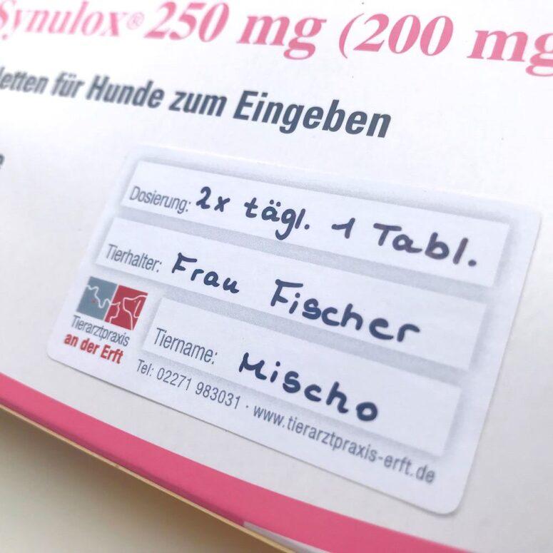 Etikett Medikament Tierarzt
